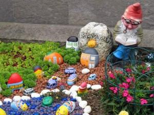 flim-flam garden gnome